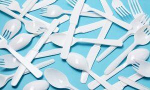 Australia công bố bang đầu tiên cấm đồ nhựa dùng một lần